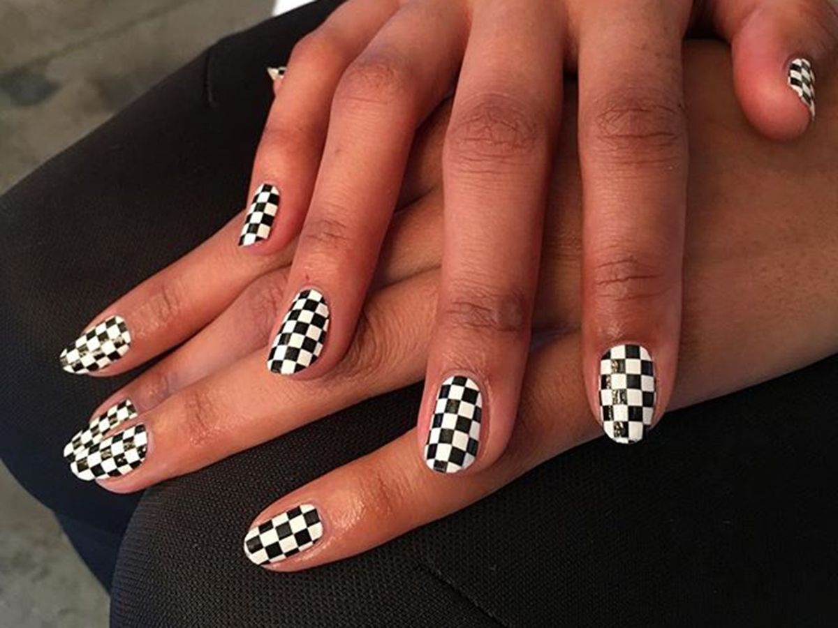 How to Creating of Creativity Nail Designs for Women