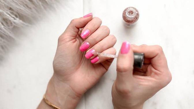 Make Nail Designs that is not to Boring and How to Strengthen It